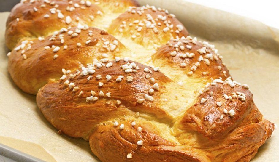 Pão doce recheado com creme