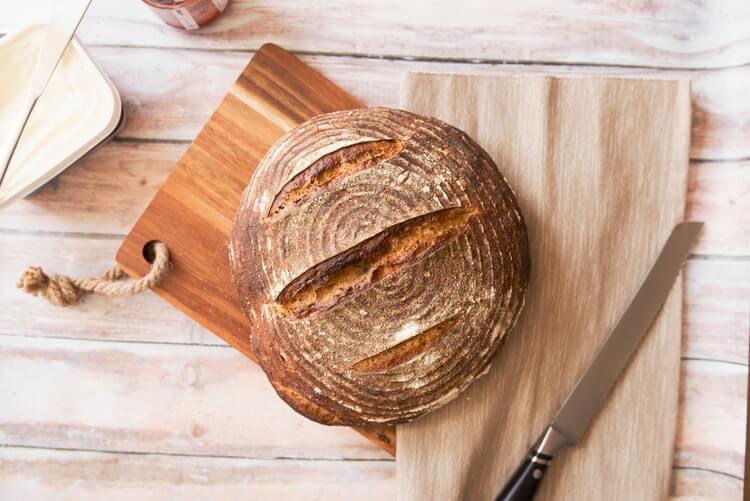 Pão caseiro de fermentação natural