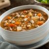 Receita de sopa cremosa com caldo de carne e legumes