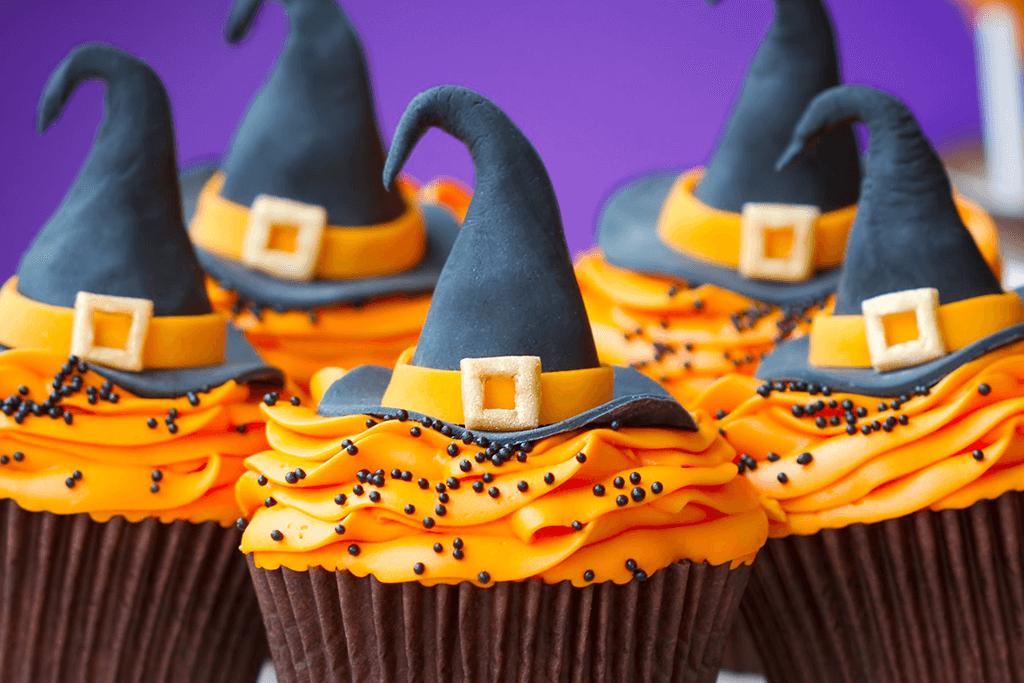 Ilustração da Receita de Doces de Halloween – Cupcake de abóbora